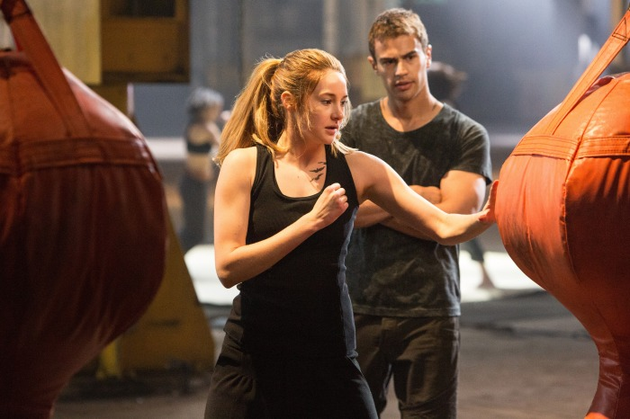Shailene Woodley and Max Irons in Divergent