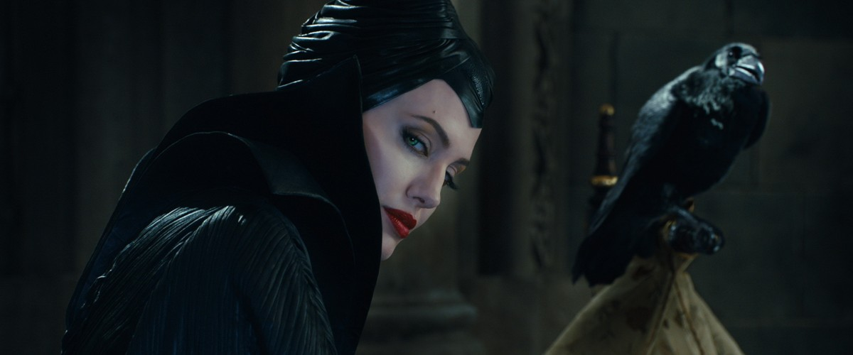 Maleficent Feels Like Two Different Movies | baileypop