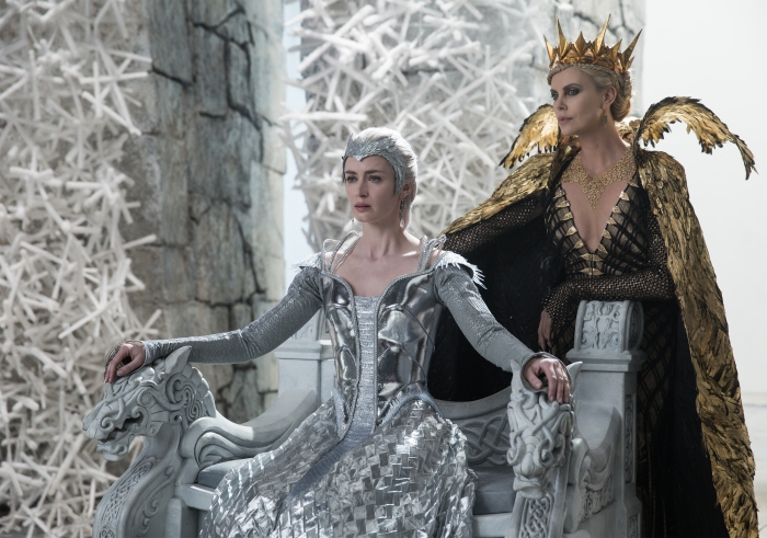 Emily Blunt and Charlize Theron in The Huntsman: Winter's War 2016
