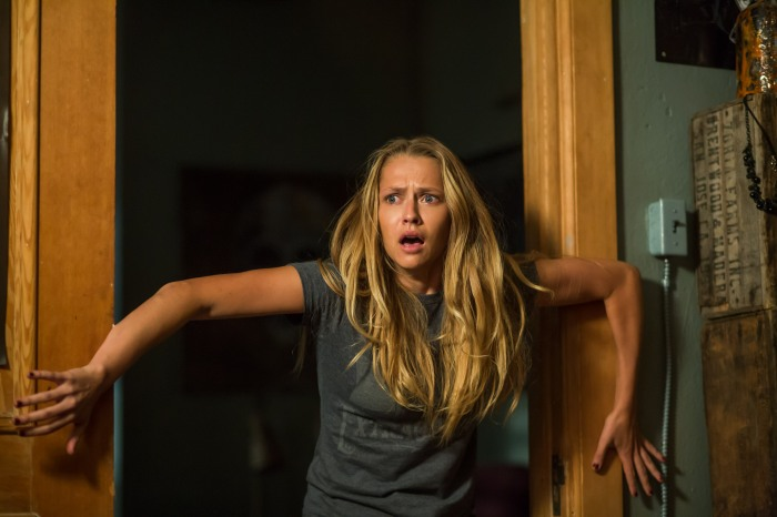 Teresa Palmer as Rebecca in Lights Out (2016)