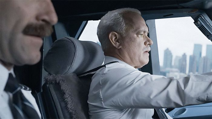 Tom Hanks in Sully (2016)